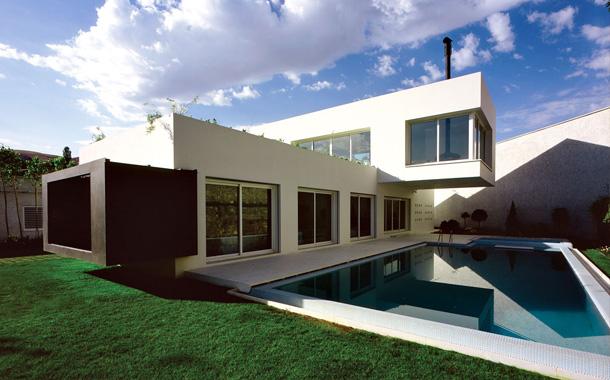 خانه ای به یاد رستم از سهراب رفعت؛برنده جایزه معمار 93
