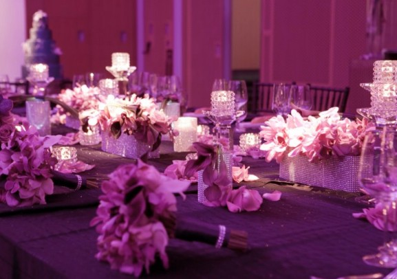 purple-table-decorations-decorating-ideas-with-purple-wedding-table-decorations-wedding-decoration-ideas-1169x826