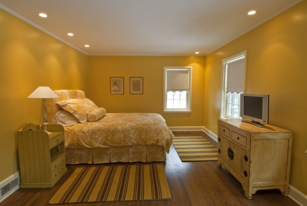 torrey-woods-road-yellow-bedroom-design-ideas-yellow-bedroom
