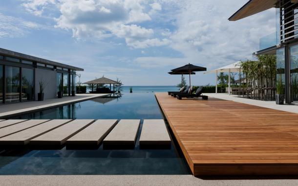 معماری منحصربفرد ویلایی در تایلند، انعکاسی از زندگی استوایی