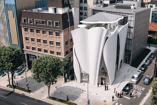 معماری فوق العاده ی فروشگاه مد و لباس Dior در کره جنوبی