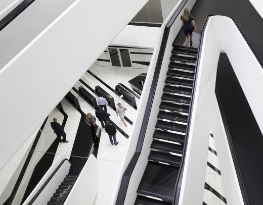 2-Zaha-Hadid-Dominion-Office-Building