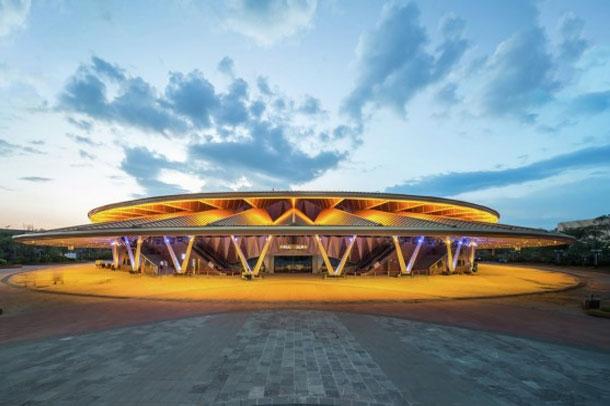 طراحی زیبا ی تئاتر Bespoke اثر Stufish  ، چین