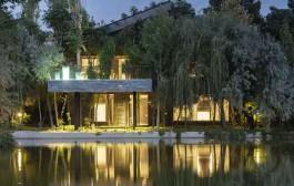 ترکیب چشم نواز ساختمان با طبیعت ، در ویلای مهرشهر