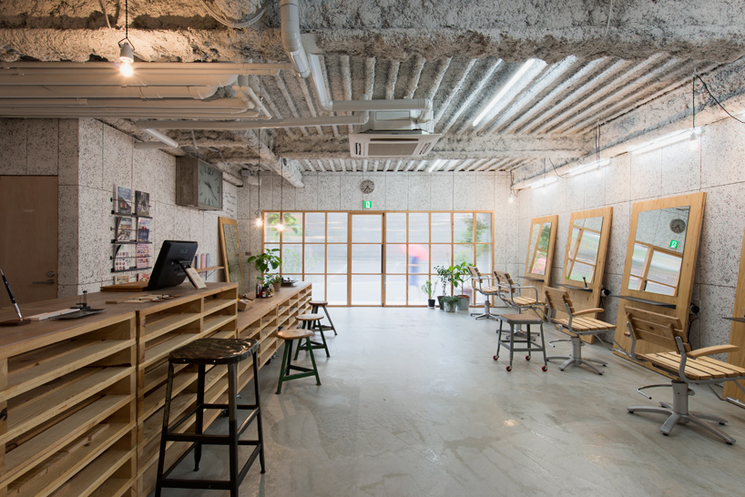 no.555-hair-salon-musubi-interiors-yokohama-city-kanagawa-japan-designboom-06