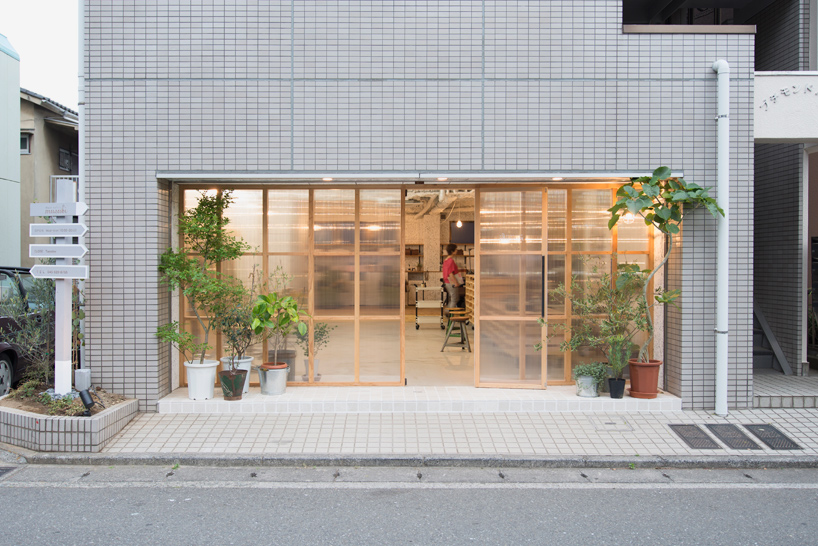 no.555-hair-salon-musubi-interiors-yokohama-city-kanagawa-japan-designboom-08
