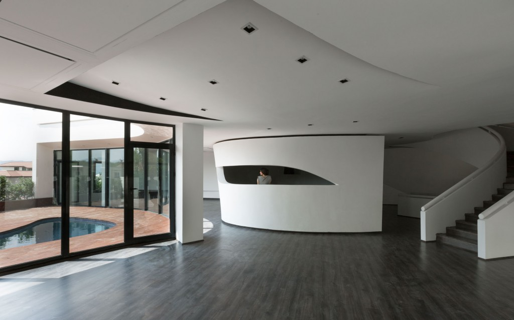 villa-for-younger-brother-15-1024x639
