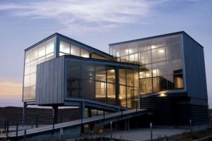 ساختمان آماج درمان کاری از کورش رفیعی