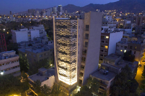 طراحی نمای ساختمان تجاری اداری مهراز ; فینالیست جایزه معمار سال