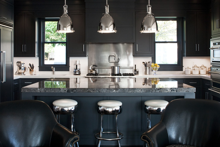Black-with-dark-blue-color-combination-for-kitchen