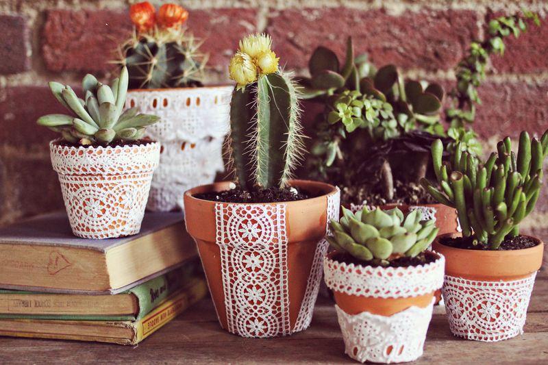 lace-flower-pots