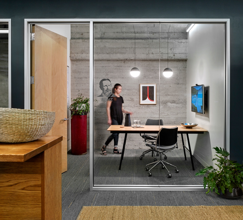 lauren-geremia-metromile-san-francisco-office-designboom-04
