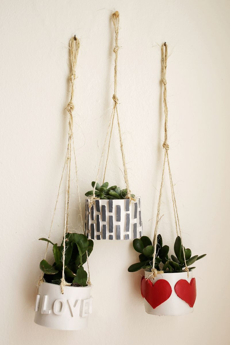 mini-hanging-planters