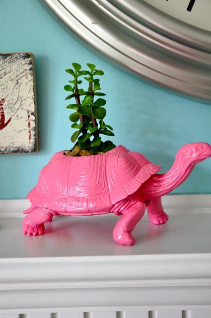 plastic-animal-planter