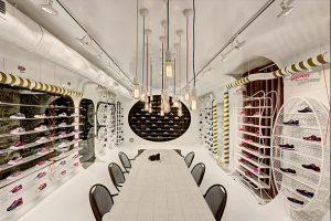 طراحی داخلی فوق العاده زیبای نمایشگاه کفش ورزشی توسط تیم zemberek design