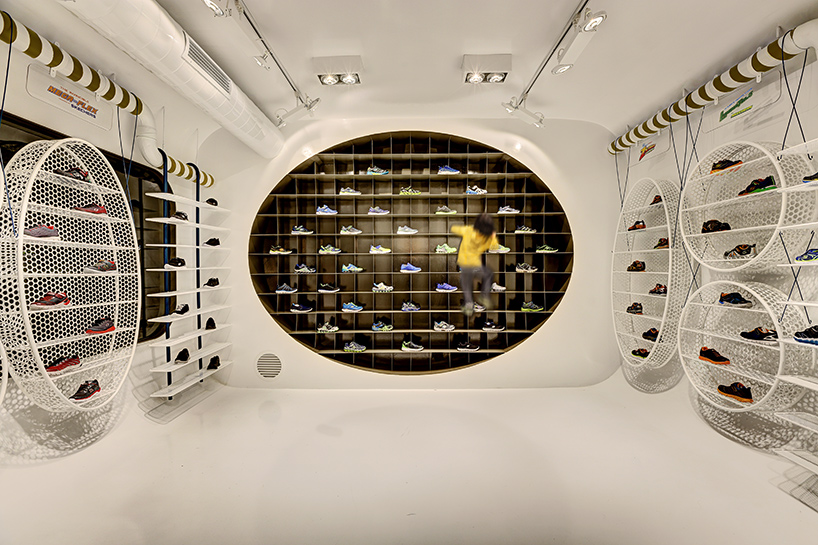 zemberek-design-skechers-kids-showroom-interiors-istanbul-designboom-03