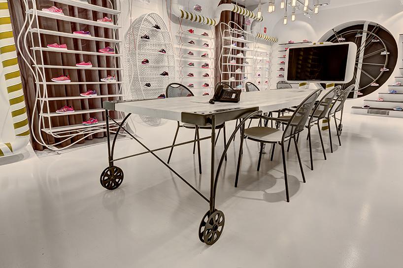 zemberek-design-skechers-kids-showroom-interiors-istanbul-designboom-09