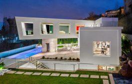 ویلای مدرن و فوق العاده زیبای لواسان ; برنده جایزه ساختمان سال