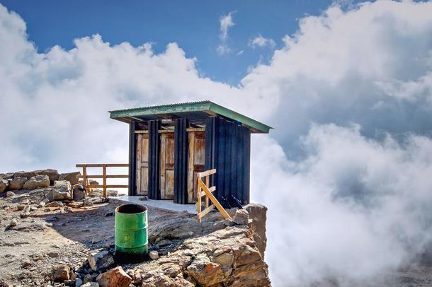 ۱۶ عدد از رویایی ترین طرح های توالت دنیا