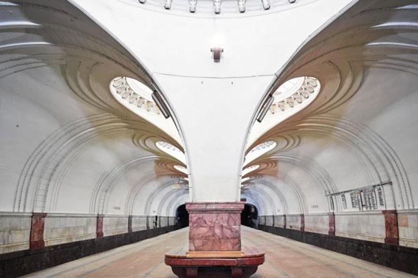 ایستگاه مترو ی مسکو  ; آینه تاریخ و معماری روسیه